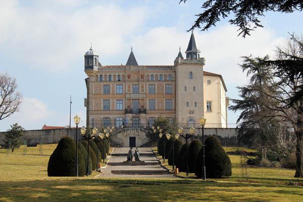 GL Events perd le château de Saint-Priest mais récupère un petit pactole