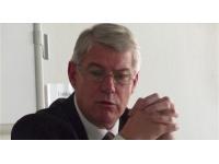 Lyon : Jean-Louis Baglan fait chevalier de la Légion d'honneur par Vincent Peillon