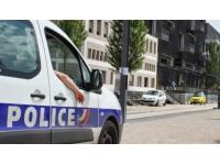 Lyon : il s'exhibe dans les beaux quartiers