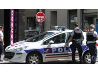 Caluire : à 16 ans, elle s'en prend aux policiers, les outrage et dégrade leur véhicule
