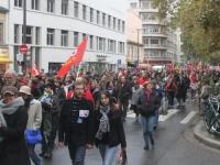 250 femmes ont défilé samedi soir dans les rues de Lyon