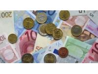 Un banquier soutire plus de 87 000 euros à une vielle dame