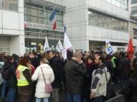 Grève au lycée Germaine Tillion de Sain Bel lundi
