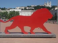 La sculpture Only Lyon revient à Bellecour