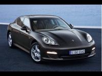Lyon: la Porsche Panamera devient un taxi