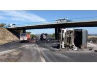 Un camion s'est couché lundi matin sur la Rocade Est