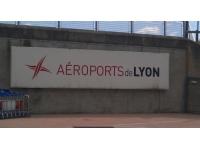 La grève des contrôleurs aériens reconduite jeudi
