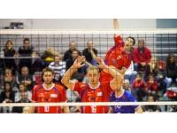 L'ASUL Lyon Volley battu par Tours (3-2)