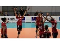 L'ASUL Lyon Volley domine Canteleu (3-1)