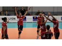 L'ASUL Lyon Volley renoue avec la victoire face à Cambrai (3-0)