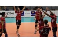L'ASUL Lyon Volley laisse la victoire à Cannes (3-2)