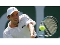 Roland-Garros : Julien Benneteau qualifié pour le 2e tour