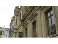 Lyon : une centaine de postes à pourvoir dans l'hôtellerie et la restauration ce mardi