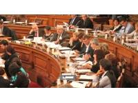 Le premier conseil municipal de Lyon 2013 sera chargé ce lundi