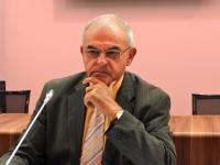 Le directeur des Hospices Civils de Lyon va quitter son poste