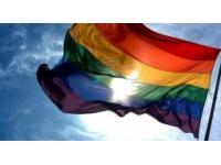 Homophobie : Twitter dans le collimateur d'une association lyonnaise