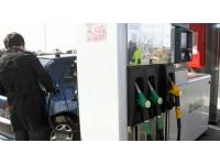 Les prix des carburants poursuivent leur hausse à Lyon
