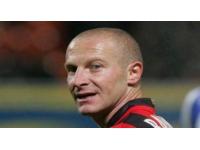 Un ancien joueur de foot lyonnais menacé de mort