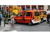 Lyon : une femme et son fils renversés par une voiture