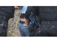 Cinq individus agressent un jeune de 13 ans pour son portable
