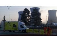 L'entrée de la centrale du Bugey bloquée symboliquement par Greenpeace