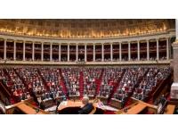 Le projet de loi sur l'égalité hommes-femmes adopté à l'Assemblée