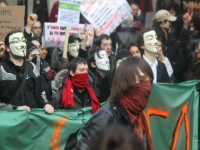 Les Anonymous se font entendre à Lyon pour le 4e samedi consécutif - Vidéo