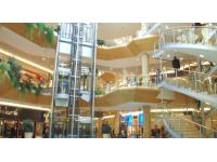 Lyon : ils agressent à coups de casque des clients du centre commercial de la Part-Dieu