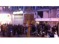 Le Front de Gauche manifeste devant les locaux du PS du Rhône