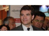 """FagorBrandt : Montebourg veut """"la reprise de la totalité ou la quasi-totalité des sites"""""""
