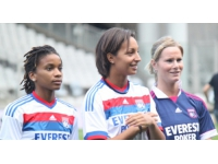 Dix Lyonnaises en équipe de France de football face au Canada