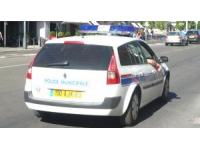 Lyon 6e : ils dégradent des voitures et un scooter