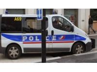 Lyon : trois mineurs tentaient de voler des voitures