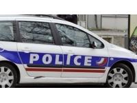 Un véhicule de société incendiée à St Fons