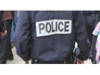 Il mord des policiers pour éviter son interpellation