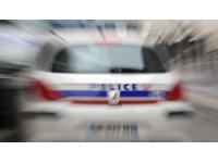 Lyon : il frappe sa femme avec un couteau