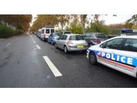 Trois jeunes gens interpellés pour avoir siphonné de l'essence