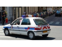 La Duchère : il se sert d'une fausse Kalachnikov contre la police