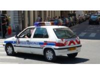 Vaulx-en-Velin : il frappe des policiers