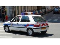 Lyon : il frappe sa concubine et lui vole sa voiture