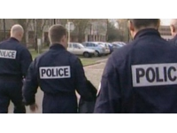 Vaulx-en-Velin : il frappe sa compagne et empêche la police d'intervenir