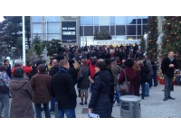 Hommage à Charlie Hebdo : un rassemblement de 200 personnes à Vénissieux