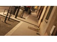 Deux hommes agressent une femme seule à Lyon
