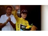 Tour de France : Chris Froome remporte la 15e étape entre Givors et le mont Ventoux