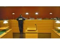 Lyon : deux hommes condamnés pour avoir volé une carte bleue