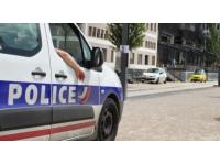 Vénissieux : elle agresse une femme avec un couteau pour lui voler son téléphone