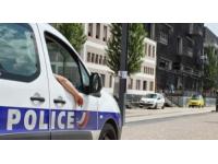 Lyon : il s'introduit chez son ex-compagne et la frappe avec son plâtre