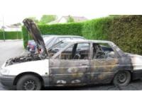 Saint-Fons : on brûle sa voiture, il tire en l'air