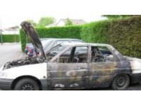 Lyon 7e : une voiture de police incendiée devant le commissariat