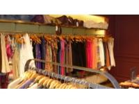 Des blogueuses lyonnaises vident leurs dressings avant les soldes